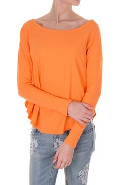 Orange tröja med större ringad hals från Line of Oslo